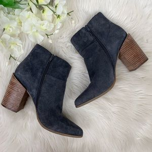 Nine West | Kirby Blue Suede Booties in Size 10M